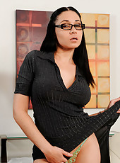 Alluring Anilos secretary wearing glasses masturbates with a magic wand