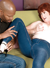The Woman-next-door Gets Her Cunt Fucked