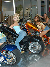 4 hot milfs go bike shopping and end up in the sack