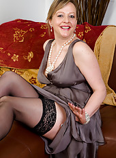 Elegant 45 year old Silky Thighs Lou from AllOver30 gets naked