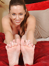 Tamara Fox from AllOver30 shows off her pussy and sexy feet and toes