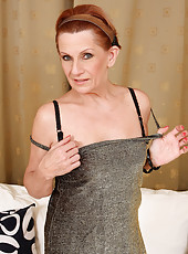 58 year old MILF Lucy can\