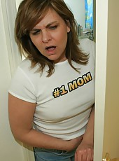 Step-mom Frankie acctidentally catches Billy masturbating. She notices how nice his cock is and decides to join in by helping him jack off to his favorite porno
