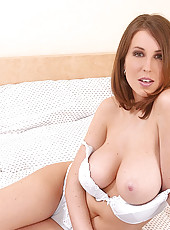 Hot Caroline C shows her huge boobs
