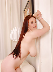 Redhead playing with her air bags