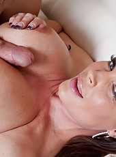 Horny cougar, Diamond Foxxx fucks and sucks a big dick.