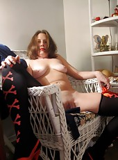 Amateur MILFs spreading their legs