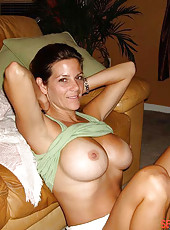 Random amateur heavy-chested wives