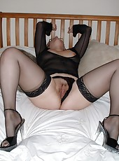 English milf Daniella at home in her stockings