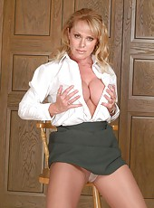 Uniform Milf