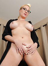 Hot blonde 40 year old secretary Jennifer Best spreading her tiny slit