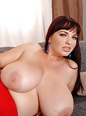 Joanna Bliss Jiggles Her Huge Jugs