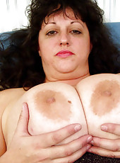 Huge monster tits on this suburban housewife