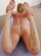 50 year old blonde housewife Jenna Covelli practicing naked yoga