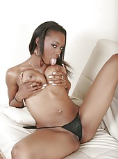 Huge Naturals Ebony Takes Cream Pie