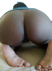 Horny ebony girlfriend sucks cock and spreads for the cam