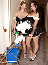 The Busty Maids Of Hooter Hotel