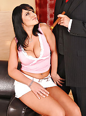 Hot Giovana enjoys blowing her man