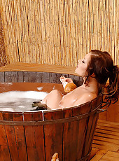 Caroline's blowjob in the bath tub