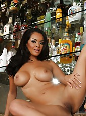 Daisy Marie gets totally nude except for her high heels and then spreads her smooth ass and pussy and offers you a glimpse at what paradise must be like.