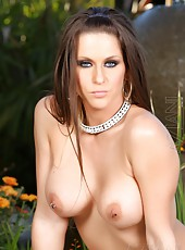 Hot busty brunette, Rachel Roxxx, has sexiness oozing from her body. She strips out of her breezy summer dress revealing her incredible body for everyone to see!