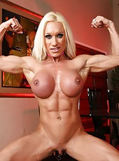 Fitness beauty Ashlee Chambers flexes her rock hard body and big clit.