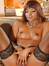 Sexy ebony babe Jasmine on 1By-Day