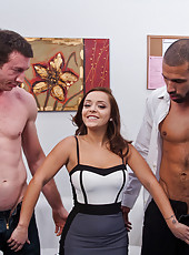 Liza Del Sierra has hot threesome and gets double penetrated by big cocks.