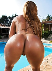 Watch this hot fucking big tits brazilian in a yello bikini get fucked hard in her tight brazil ass hot pics