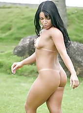 Amazing hot brazilian babe yasmin sucks a cock outdoors then gets pounded by the beach pics