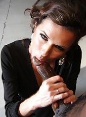 Hot milf pornstar Veronica Avluv riding huge black cock and swallow