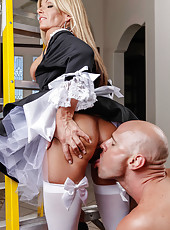 Horny blonde maid Kristal Summers takes a tasty dick for an awesome blowjob