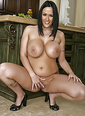 Appetizing brunette milf Carmella Bing demonstrates the secrets of her delicious melons