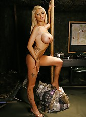 Amazing blonde babe Delta White and her flawless, stunning body