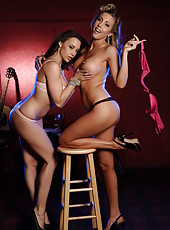 Beautiful and sexy lesbian scene with Chanel Preston and Samantha Saint