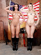 Two great ladies Alexis Texas and Rachel Starr got one big cock