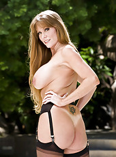 Darla Krane surprises us with her big boobs and sexy hips in hot stockings
