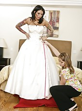 Brave bride Ricki Raxxx making a blowjob and getting a facial cumshot