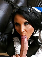 Milf with big tits Sophia Lomeli prefers to work only with delicious hard dicks