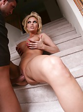 Cocky milf Diamond Foxxx getting a cumshot after making a deep blowjob