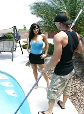 Superior whore Lisa Ann making an unforgettable deepthroat at the pool
