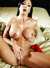 Gorgeous brunette milf Jewels Jade demonstrates her beautiful body