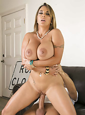 Hot facial for super busty and big assed milf Holly Halston in the reality action