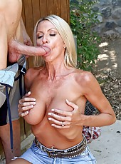 Busty mature Emma Starr meets neighbourhood lover and gets fucked by his big cock