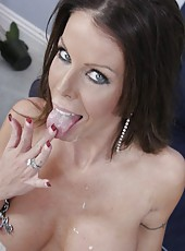 First-class mature bombshell Tabitha Stevens and her handsome lover