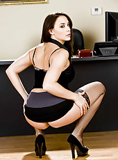 Beautiful brunette lady Chanel Preston shows you her juicy hole