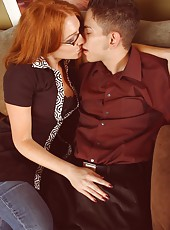 Cute redhead chick Morgan Reigns demonstrates a sweet sperm on her lips
