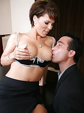 Gorgeous brunette mature Kayla Synz sucks her fucker