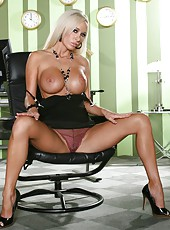 Incredible blonde secretary Lichelle Marie rubs her naughty pussy