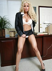 Unforgettable blonde milf Gina Lynn takes off her sexy lingerie and sweet panties